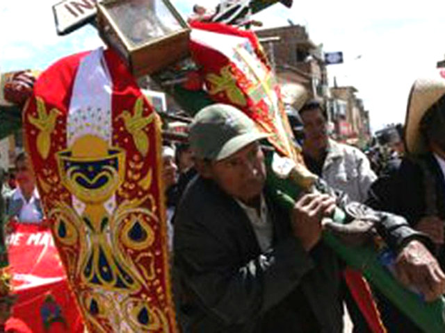 Nazca: celebran fiesta patronal pese a estado de emergencia