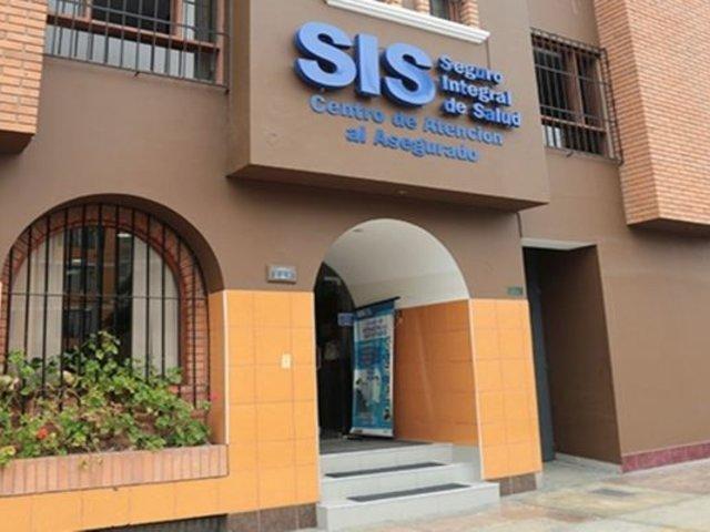 SIS llegó a acuerdo para que pacientes con COVID-19 sean atendidos en clínicas bajo costo social
