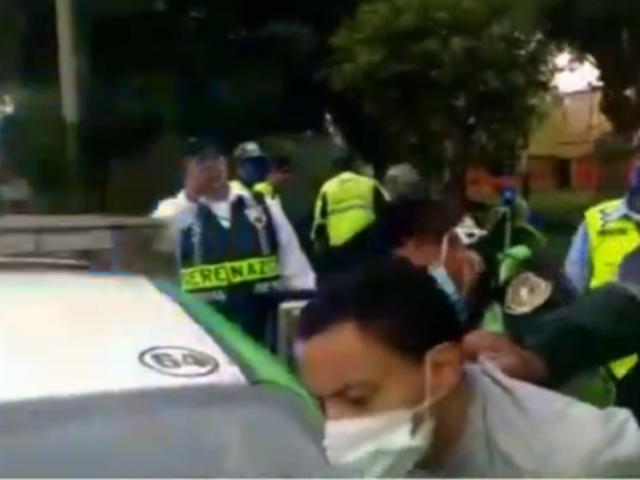 Surco: detienen a colombiano acusado de evadir a la PNP y escupir a un sereno