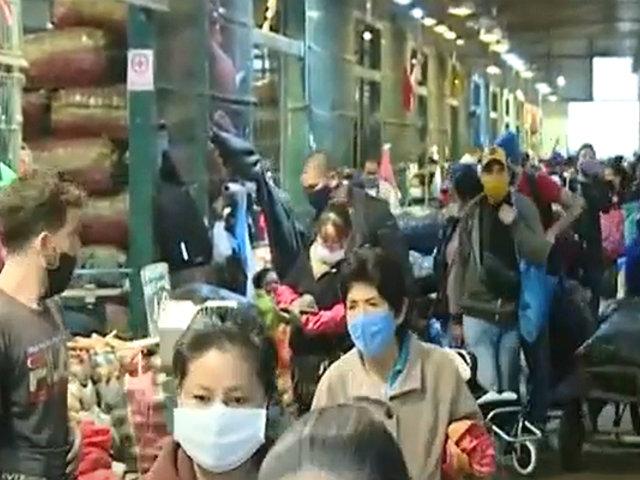 Estado de emergencia: mercado de Santa Anita vuelve al desorden y aglomeraciones