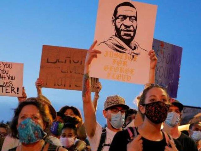 EEUU: cargos contra exagente que mató a George Floyd subieron a asesinato en segundo grado