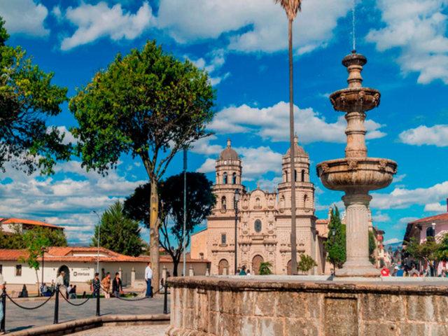 Crean circuito turístico para conocer la ciudad de Cajamarca en bicicleta