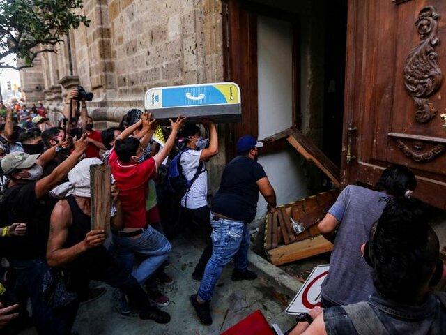 México: estallan protestas contra abusos de la policía