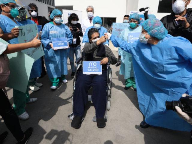Jefe de enfermeros del Hospital Almenara es dado de alta tras vencer el COVID-19