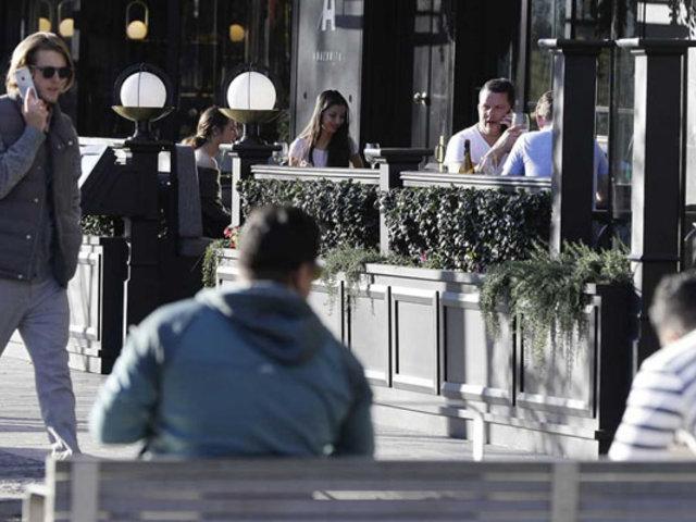 Nueva Zelanda: población retornó con algarabía a la normalidad