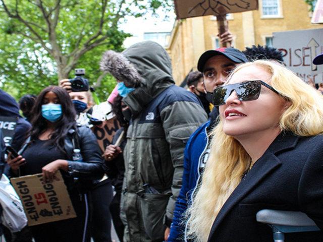 Reino Unido: Madonna se sumó a manifestaciones contra asesinato de George Floyd