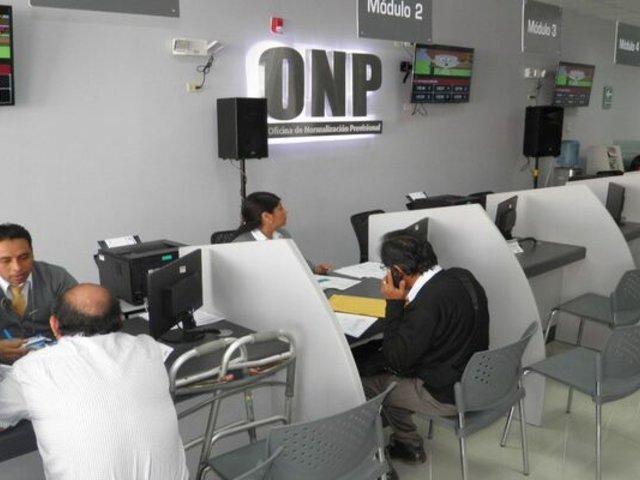 Devolución de aportes de ONP: Arlette Contreras propone priorizar a viudas de aportantes y ancianos