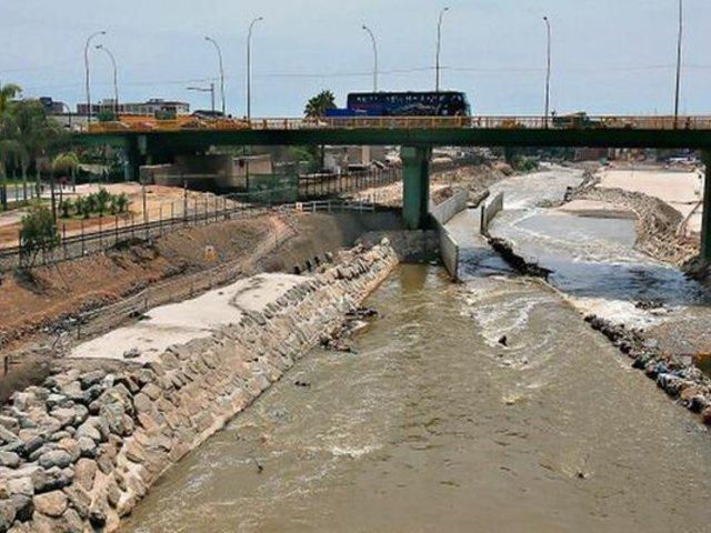 Río Rímac luce nuevamente contaminado tras relajo de medidas restrictivas