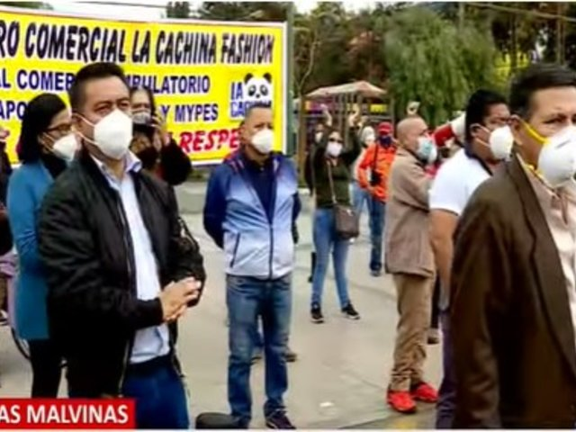 Trabajadores formales de Av. Argentina y vecinos de parque zonal Cahuide en contra de traslado de ambulantes