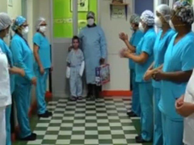 Niño se reencuentra con su padre luego de 148 días en el INSN