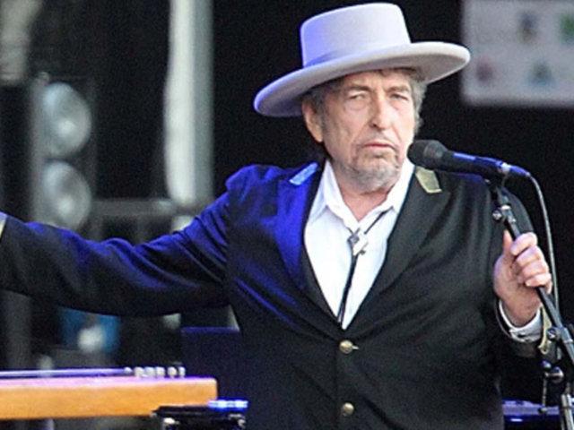 Bob Dylan lanza nuevo disco en casi una década