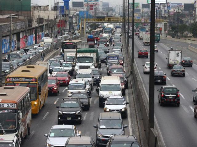 Transportistas anuncian paro para este jueves de no concretarse subsidio