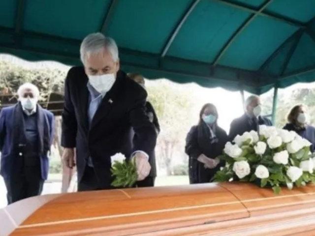 Chile: polémica por multitudinario funeral de un tío del presidente Piñera que murió de coronavirus