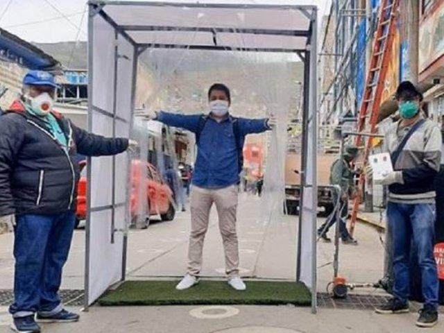 Huánuco: joven crea cámara de desinfección contra el COVID-19