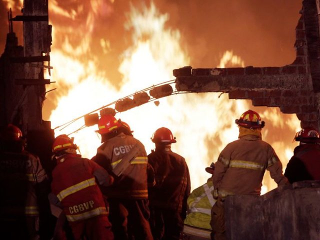 Fábrica que se incendió en Ventanilla no tenía licencia de funcionamiento
