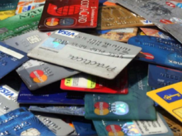 Bancos cancelaron casi un millón de tarjetas de crédito durante la pandemia