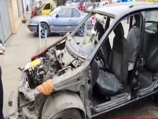 Independencia: detienen a sujetos que desmantelaban auto en 'La Cincuenta'