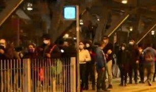 Lima amaneció con enormes colas de pasajeros en primer día sin cuarentena total