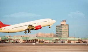"""Ministro Lozada: """"A partir del 15 de julio se reiniciarían vuelos a nivel nacional"""""""