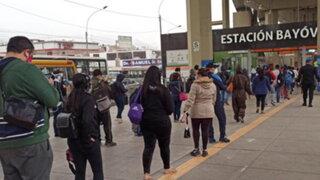 SJL: largas colas siguen en estación Bayóvar del Metro de Lima