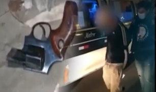 Grupo Terna capturan a dos adolescentes que asaltaron a pasajeros de una combi en SMP