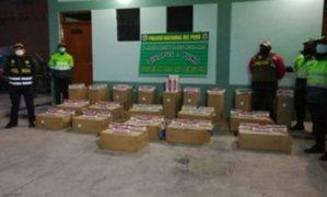 Puno: incautan cigarrillos bolivianos de contrabando camuflados en cargamento de soya