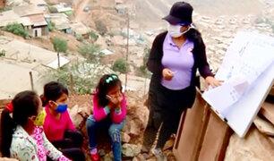 Niños sin educación reciben sorpresa de maestra solidaria