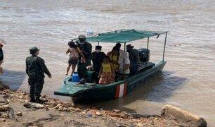 Rescatan a menores cuya embarcación era arrastrada por el río Ucayali