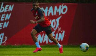 Jefferson Farfán volvió a los entrenamientos tras superar lesión y al Covid-19
