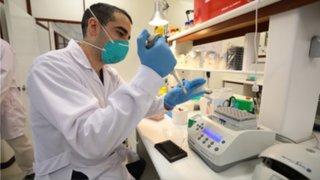 EsSalud apoya investigación de universidad Cayetano Heredia para elaborar prueba molecular rápida