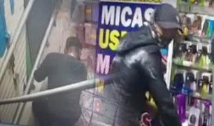 Se registra robo a una tienda de accesorios para celulares