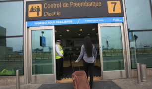 Chávez afirmó que reanudación de vuelos internacionales se daría en la quincena de octubre