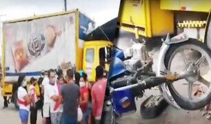 Iquitos: camión impacta contra dos mototaxis y una vivienda