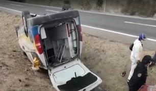 Piura: accidente de ambulancia que trasladaba a paciente con COVID-19 deja dos heridos