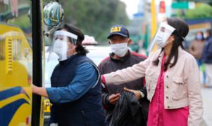 Desde hoy es obligatorio el uso de protectores faciales en el transporte público