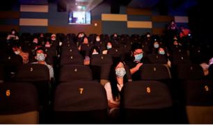 China: reabren cines tras seis meses de cierre