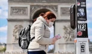 Francia: multarán a quienes no usen mascarillas en espacios cerrados