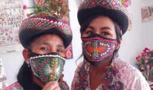 Artesanas confeccionan mascarillas con motivos de Sarhua