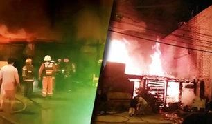 SJL: familia queda en la calle al incendiarse su vivienda