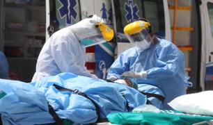 EsSalud inicia convocatoria para 500 profesionales médicos con salarios de hasta S/ 10 000