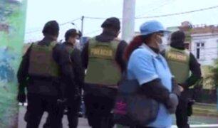 Cierran alrededores del Mercado Central del Callao ante caos por ambulantes