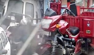 San Martín de Porres: cámara de seguridad registra robo de motocarga en la vía pública