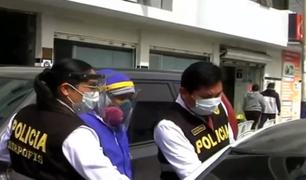 Los Olivos: detienen a falsos médicos que ofrecían tratamiento a pacientes con coronavirus