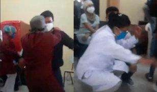 Médicos y enfermeras realizan fiesta en instalaciones de centro de salud pese a pandemia