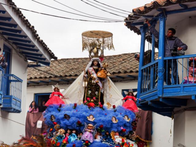 Cierran ingresos a Paucartambo para evitar llegada de feligreses por fiesta de la Virgen del Carmen