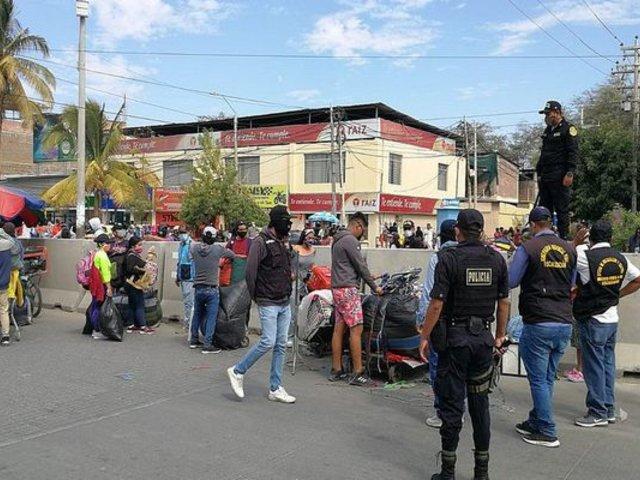 Piura: desalojan a ambulantes que habían tomado los alrededores del Mercado Modelo