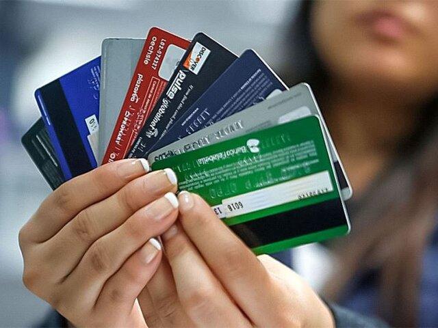 SBS: Bancos deberán ofrecer tarjetas de crédito sin cobro por membresía