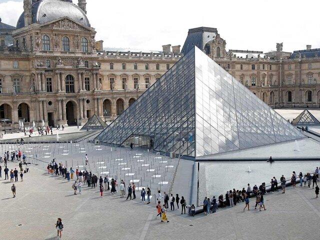 Tras levantarse confinamiento Museo del Louvre abrió sus puertas