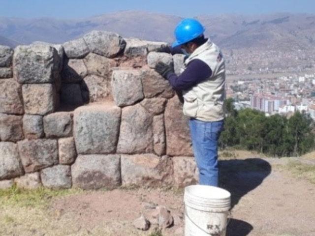 Cusco: restauran muro Inca del complejo arqueológico de Rumiwasi
