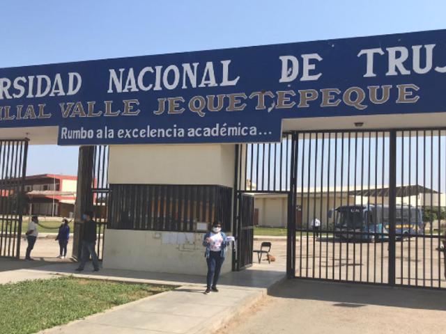 La Libertad: Universidad Nacional de Trujillo entregó chips de internet a estudiantes